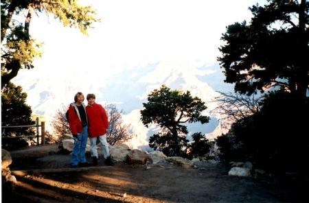 Alicja and Joan at the Grand Canyon, morning