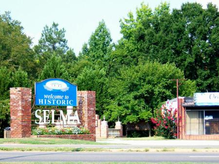 Entrance to Selma, AL