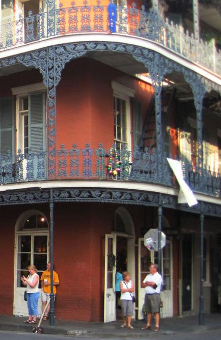 New Orleans building with the decorative iron work